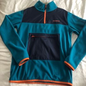 Ekumenik fleece. Like new